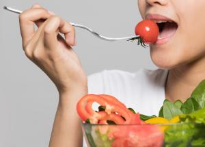 Adecuar mi alimentación a los efectos adversos de los tratamientos