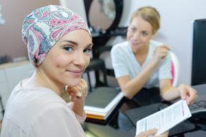 La oncoterapia me produce llagas en la boca, ¿cómo debo tratarlas?