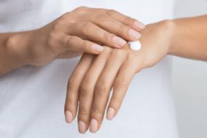 Claves para cuidar tu piel durante el tratamiento oncológico